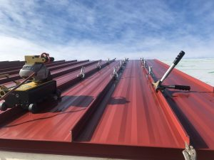 metal roofing contractor with technology